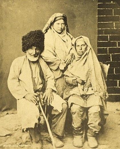 Group Laks in everyday clothes. 1890  Dagestan, Russia/Группа лакцев в будничных одеждах. 1890  Дагестан, Россия
