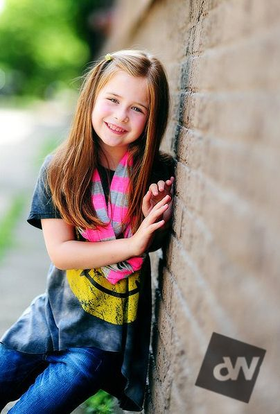 Sharp images with extremely shallow depth of field: Children Poses Photography, Three Kids, Photographers Children, Depth Of Fields Tips, Shallow Depth Of Fields, Photo Poses For Kids, Photography Depth Of Fields, Children Photography, Fields Photo