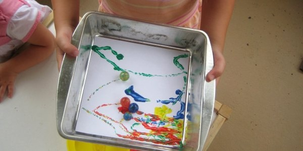 12 Things to Do with Kids: Marble Painting, Indoor Activities, Kids Crafts, 12 Idea, Crafts Idea, Fun Things, Kids Business, Snowy Day, Marbles Paintings