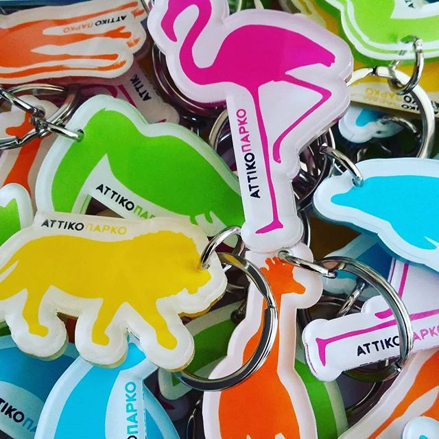 #plexiglass #acrylic #keychain #keyring for @atticazoo #lion #dolphins #giraffe #pelican #heron #animals #colors #pink #blue #yellow #green #orange #screenprint #silkscreen #greekdesigners #design #foxdesign #greece #gift #souvenirs #handmade #handcrafted #plexiartshop #photooftheday