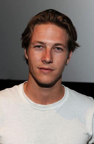 Luke Bracey - ugh please marry me