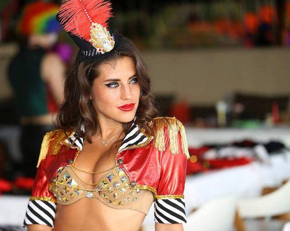 Veste Mini cirque Ringmaster, rouge, or, noir et blanc rayure, Lion dompteur…