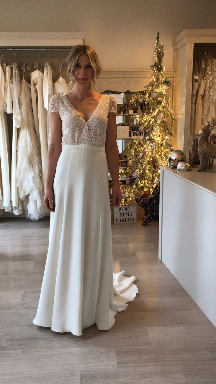 Laure de Sagazan Sagan [Video] in 2020 Simple bridal