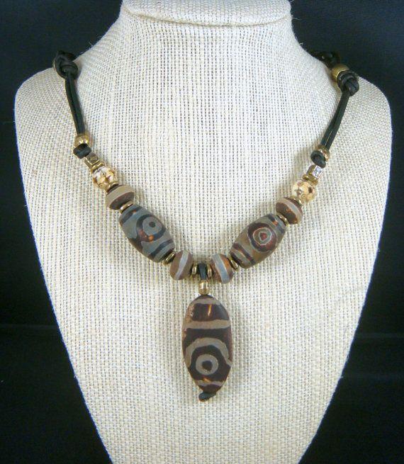 Tribal halsketting - ketting - aardse halsketting - Safari halsketting - Brown bruin en wit halsketting - mannen ketting