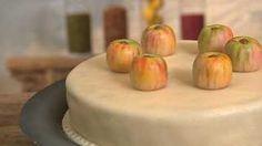 Lagkage med æbler og nougat