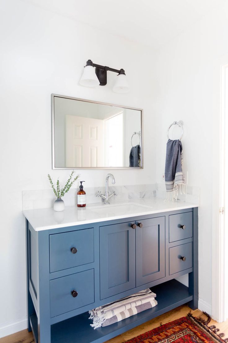 25 Best Ideas About Cape Cod Bathroom On Pinterest