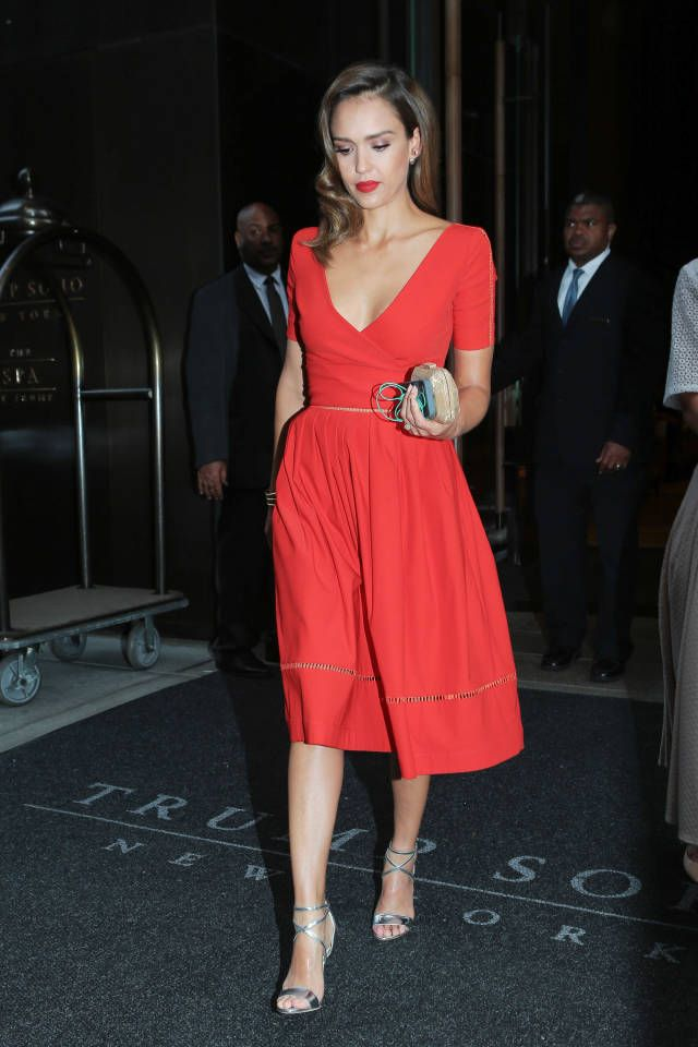 The 33 best red dresses of 2014.