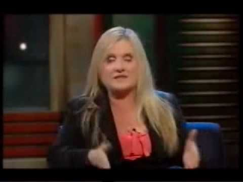 ▶ Nancy Cartwright - Bart Simpsons voice & Chuckie, etc. - YouTube