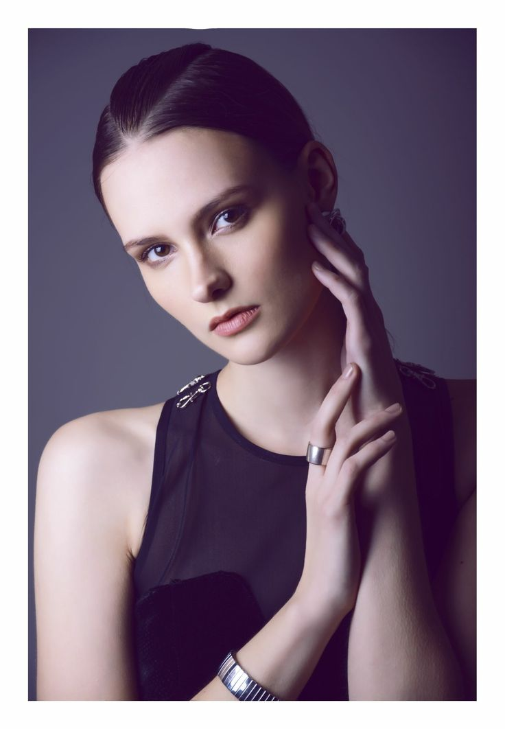 Stylist: Aletta Knausz  MUA: Anita Bartos  Model: Zsoka / Trendattack  Clothes:Daige,
