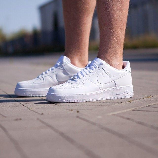 W Odpowiedzi Na Liczne Pytania Mamy Nike Air Force 1 Wysokie Niskie Czarne I Biale Nike Airforce Af Nike Air Nike Air Force Sneaker Nike Air Force