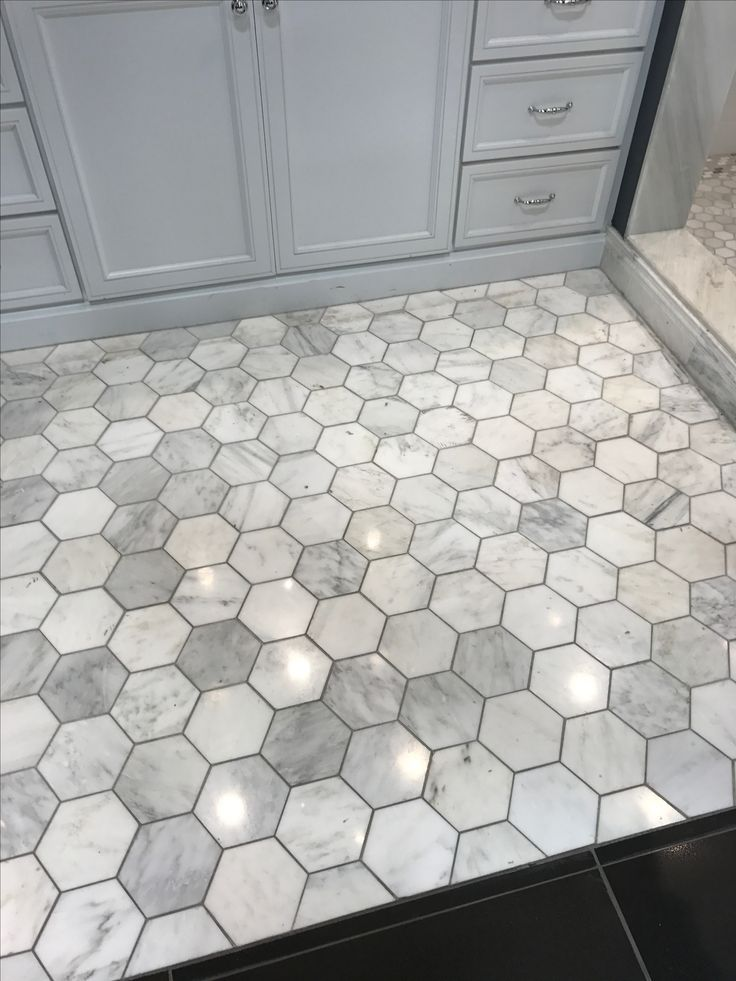 Love This Grey With The Darker Grout Hexagon Floor Tile In Bathroom Hexagon Hexagon Tile Floor Home Remodeling Bathrooms Remodel