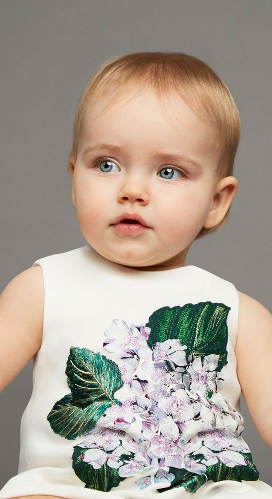 Cute! DOLCE & GABBANA Baby Girls Mini Me White 'Ortensia' Dress. #dolcegabbana #girl #minime #baby #kidsfashion #style #fashion #cute
