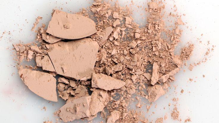 how-to-fix-broken-makeup-feat