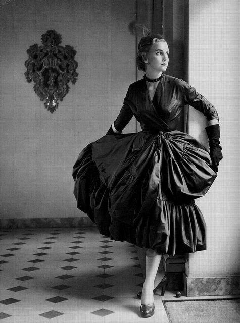A full skirted, gorgeously elegant look from Cristóbal Balenciaga, 1951.