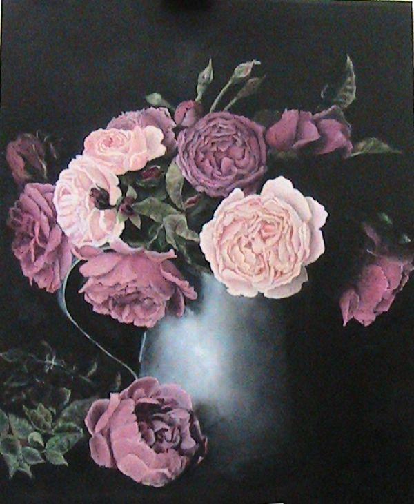 """Natura Morta. Vaso di Rose Antiche su Fondo Scuro"""" Olio su tavola 40 x 50 cm, di Sara Calcagno"""