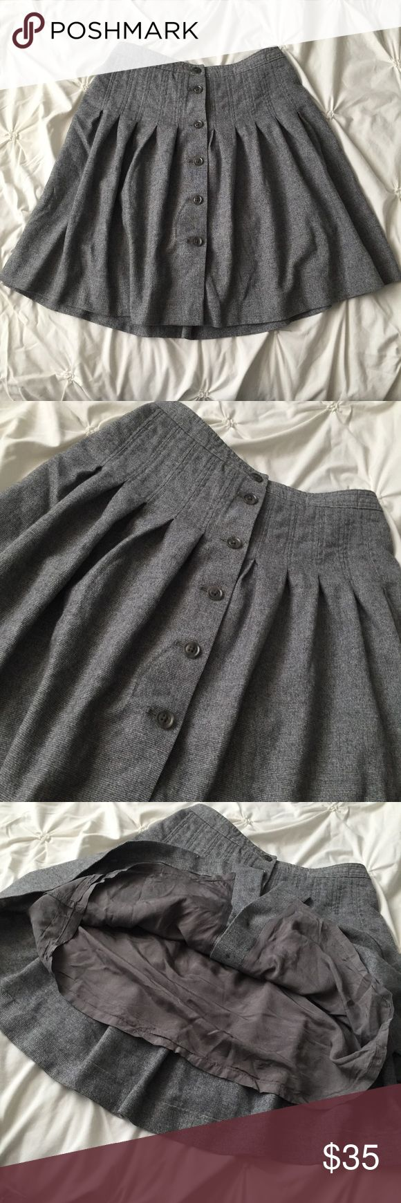 GAP Gray Pleated Wool Blend Button Skirt GAP Gray Pleated Wool Blend Button Skirt size 4 Stretch  ----- 🚭 All items are from a non-smoking home. 👆🏻Item is as described, feel free to ask questions. 📦 I am a fast shipper with excellent ratings. 👗I love bundles & bundle discounts. Feel free to make an offer! 😍 Like this item? Check out the rest of my closet! 💖 Thanks for looking! GAP Skirts