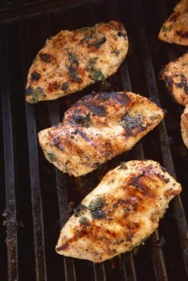 How to Brine Chicken for a Barbecue