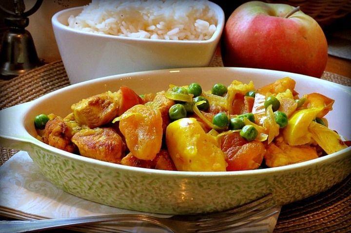 Куриное карри с яблоками - пошаговый рецепт с фото: Для гарнира подойдет рассыпчатый рис. - Леди Mail.Ru