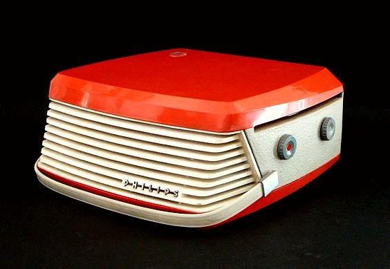 "danismm: ""MANGIADISCHI Philips portable record player """