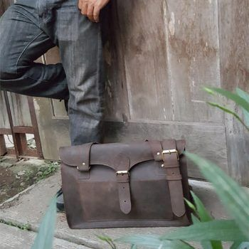Tas Kulit Asli Crazy Horse Messenger Bag 016