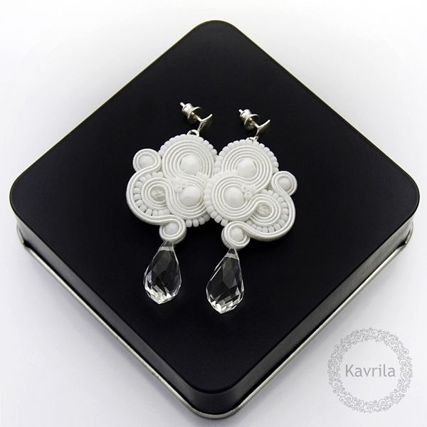 Inspire white soutache - kolczyki ślubne sutasz KAVRILA #sutasz #kolczyki #ślubne #rękodzieło #soutache #handmade #earrings #wedding #white #kavrila