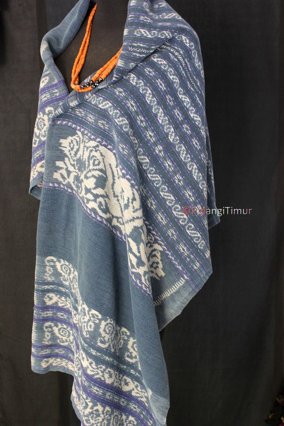 Vintage, very rare handwoven Indonesian//Timorese Indigo Ikat sarong// Cotton - Item Delivery fr INDONESIA, EXPRESS