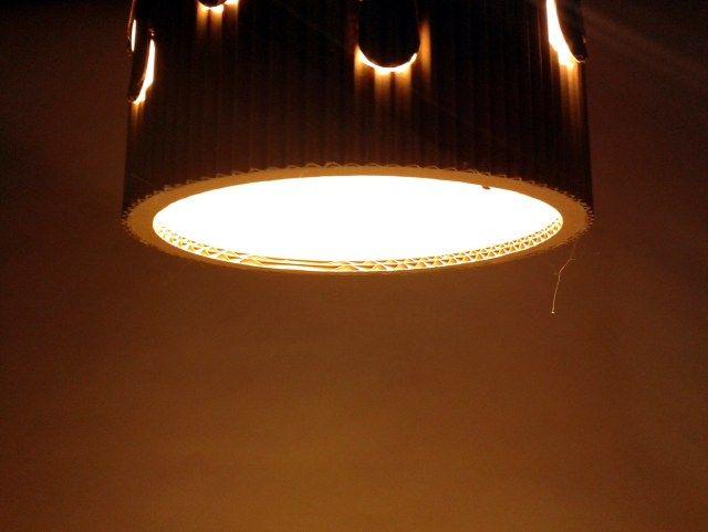 lampa-desczowa-z-kartonu-5