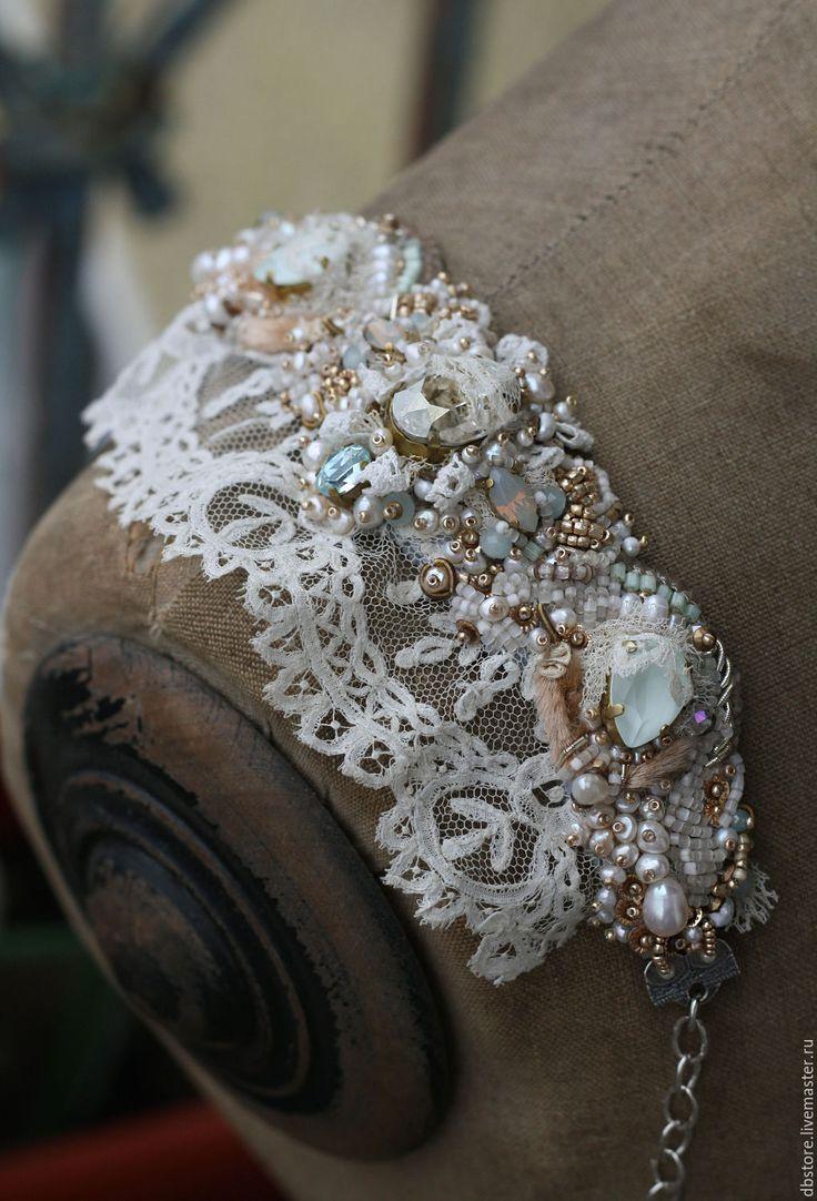 """Купить Манжета """"Версаль"""" - мятный, браслет вышитый, вышивка ручная, манжета, браслет с жемчугом"""
