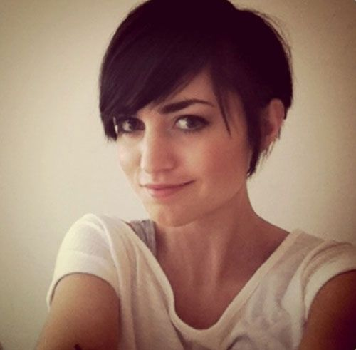 Amazing 25 Best Ideas About Short Hair With Bangs On Pinterest Bangs Hairstyles For Women Draintrainus
