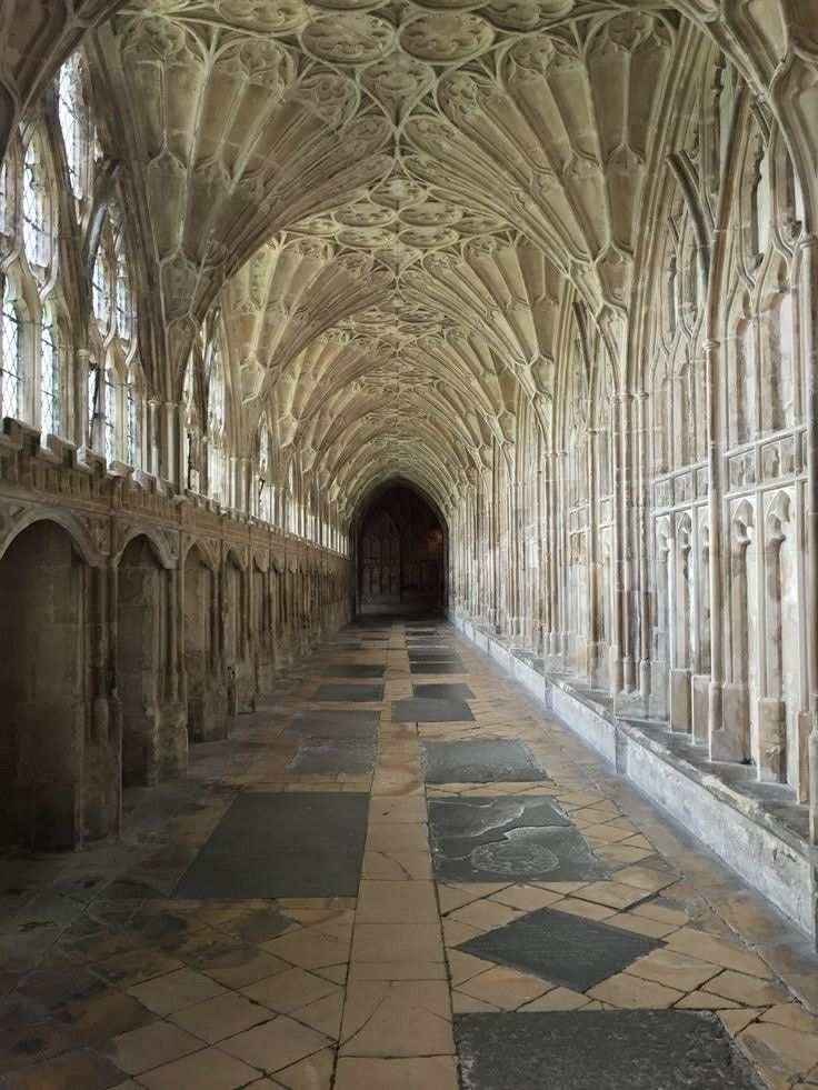 GLOUCESTER CATHEDRAL, setting of the HARRY PORTER Movies, Glouchester, United Kingdom, 634-1374