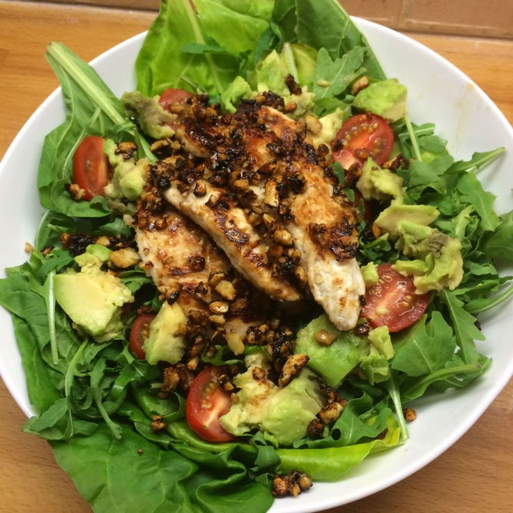 #LeanIn15 recipe: Honey cashew coated chicken with avocado salad from Joe Wicks aka The Body Coach - Healthista