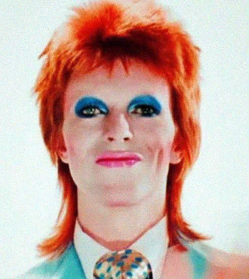 Bowie - Life on Mars video by Mick Rock, 1973 - makeup Pierre La Roche