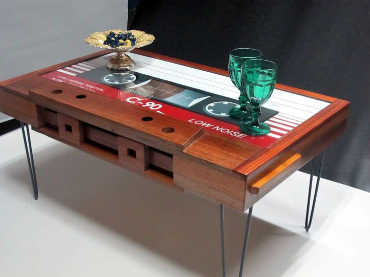Cassette Tape Coffee Table   Mahogany Which Is Indispensable Tapes Of 80  Are Taking Place In The Most Beautiful Corners Of Your Home.