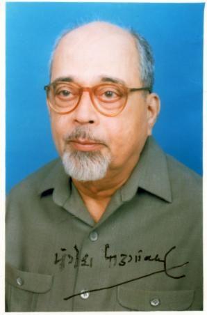 Mangesh Keshav Padgaonkar - #Marathi Poet