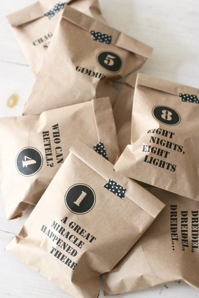 These countdown bags add anticipation for each night of Hanukkah or make adorable goodie bags for each guests' place setting. Add your own flair by closing them with twine, Washi tape, or ribbon (not