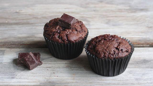 Saftige vegane Schokoladenmuffins | Halloween Cupcakes