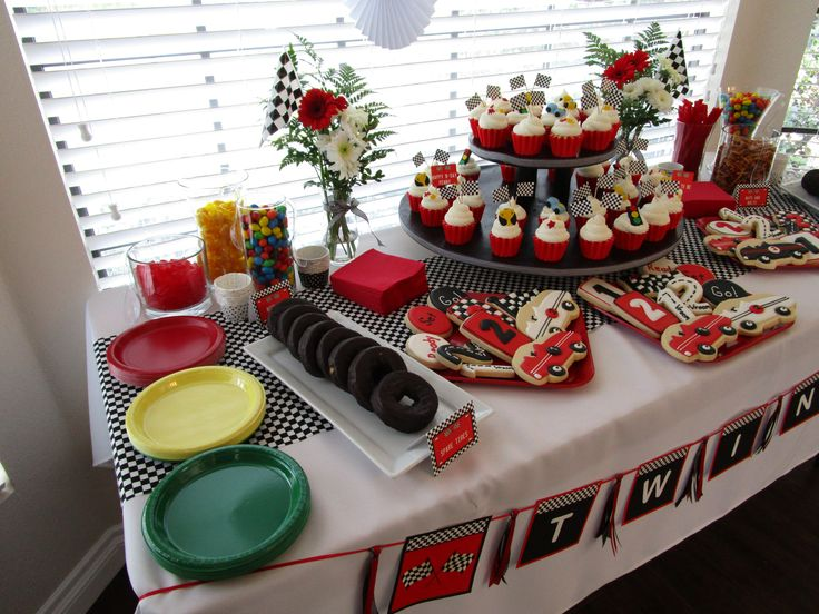 nascar themed cakes 70 best nascar baby shower images on pinterest race car party