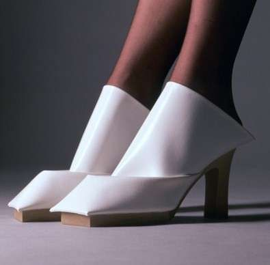 Dutch designer, Marloes ten Bhomers' radical shoes (if they were pink - the jumblies who wrapped their feet in pinky paper all folded neat...)
