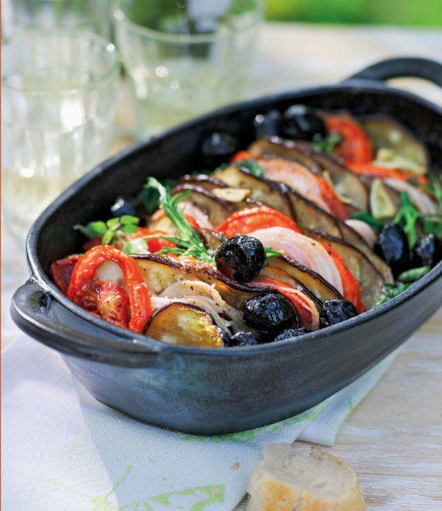 Lilky na víně s rajčaty, olivami a bylinkami , Foto: Letní kuchyně