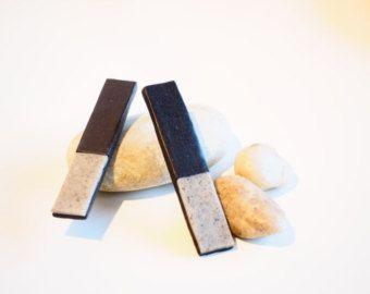 Vestito nero con colletto bianco crystal granite