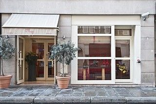 "Hôtel Le Vignon ""8""- 23 rue Vignon, 75008.  This hotel is located in Paris (Opera - Department Stores), close to Pinacotheque de Paris, Paris Opera, and Galeries Lafayette. Also nearby are Place de la Concorde and Louvre Museum."