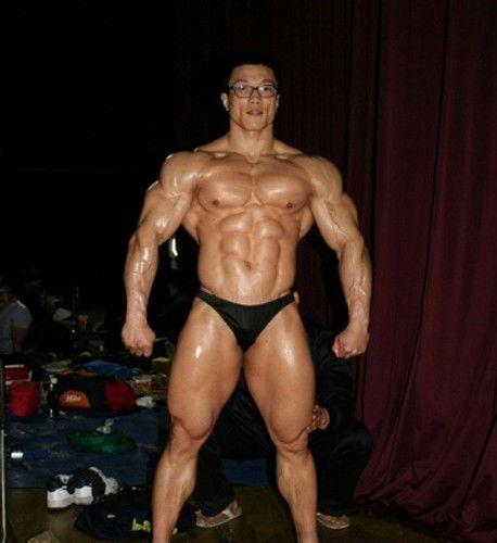 Kang Kyung Won (강경원, Korean Bodybuilder)