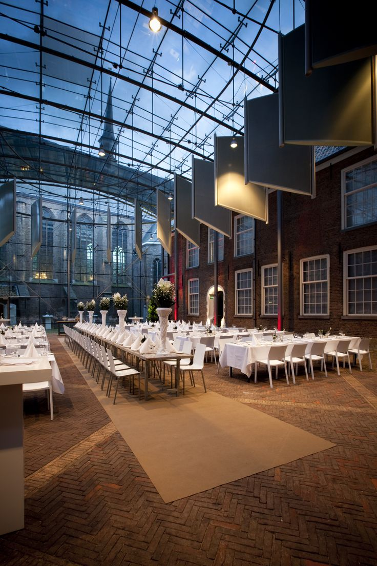 Styling for a christmas dinner in the Prinsenhof Museum in Delft