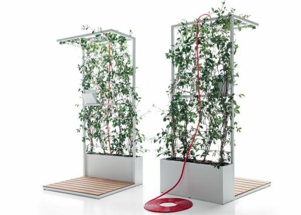 Une conception créative de la douche solaire