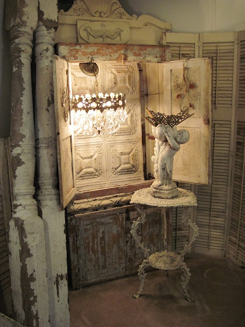 love the rust-n-crust: Tins, Statues, French Shabby Chic