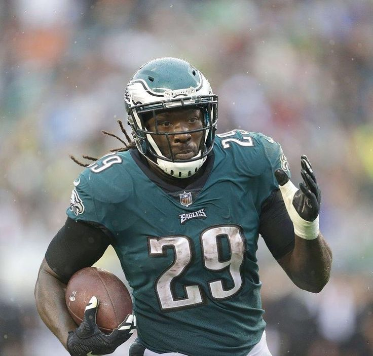 LeGarrette Blount found his way into the end zone against the 49ers. @l_blount29  LeGarrette Blounts game Stats: Carries- 16 Rushing yards- 48 Rushing TDs- 1 Catches- 1 Receiving yards- 4 #philadelphiaeagles #flyeaglesfly #eaglesnation