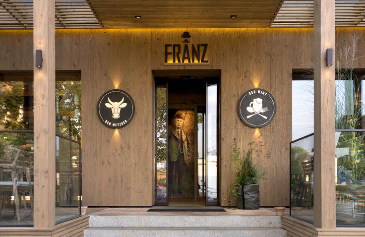 FRANZ, Der Metzger // FRANZ, Der Wirt. Salzburg, Bergheim.