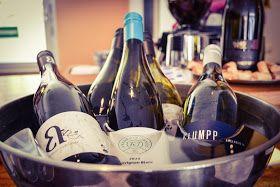 Leberkassemmel und mehr: Weine von 225 Liter in der KORK-Weinbar