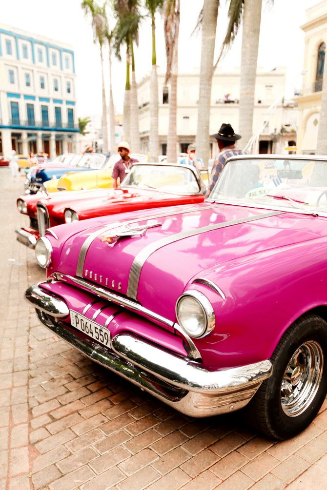 Hot Pink Very Old American Cars Cuba Thecherryblossomgirl Com