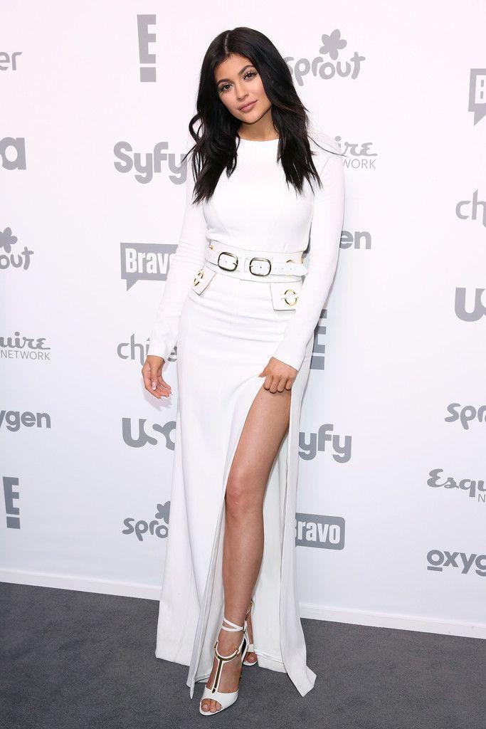 Kylie Jenner.. SAFiYAA dress, Tom Ford heels, and Zanabayne belt..